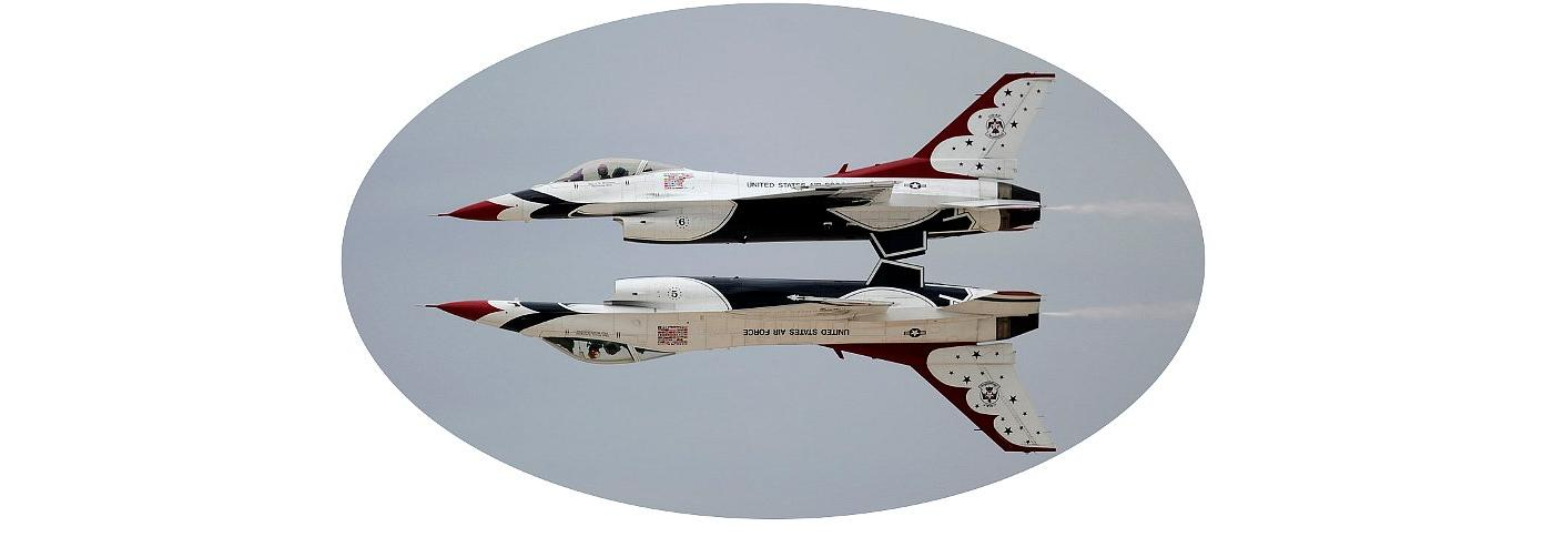 USAF Thunderbirds doing 'Mirror Image' maneuver